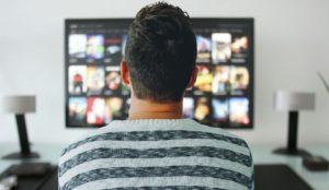 Gdzie znajdziemy strony do oglądania filmów za darmo?
