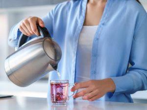 Czy wiesz jak odkamienić czajnik kwaskiem cytrynowym?