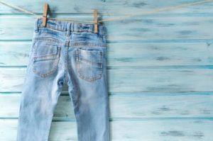 Czy wiesz jak szybko wysuszyć spodnie w razie potrzeby?
