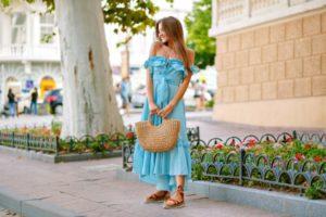 Tanie sukienki do 50 zł – czy warto takowe kupować?