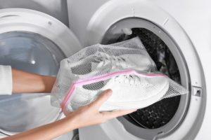 Czy wiesz jak wyprać buty w pralce?